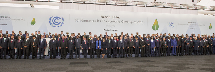 Family Photo of Leaders at COP21 7 UN photo/Rick Bajornas